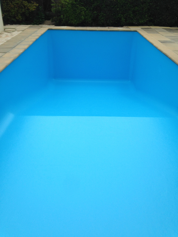 Changement liner piscine agoira ventabren saint for Cout changement liner piscine